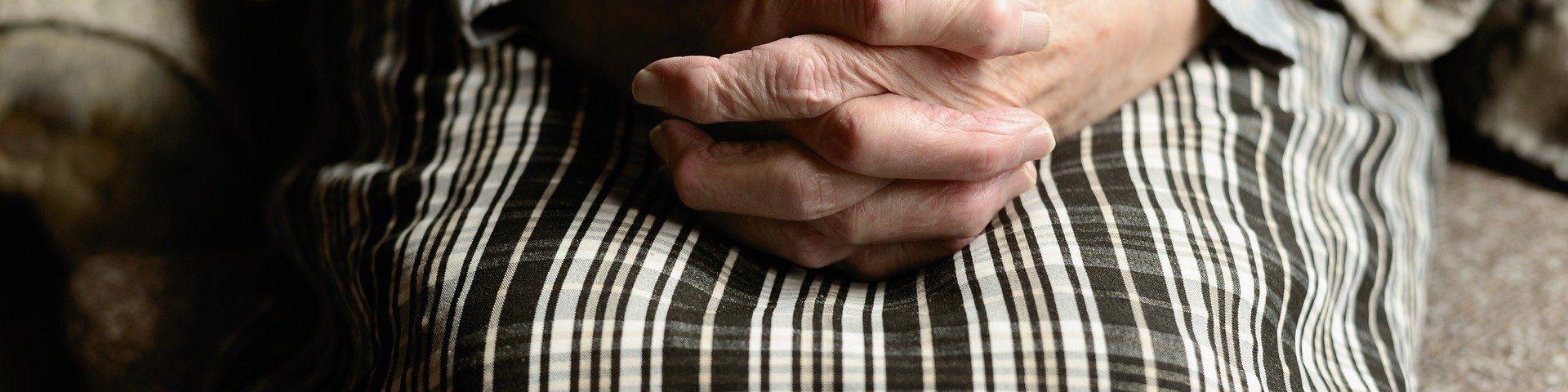 Hands 4051469 1920
