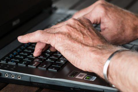 Hands 545394 1920